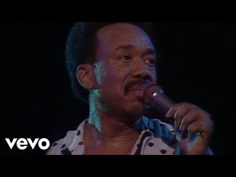 Earth, Wind & Fire - After The Love Has Gone (Live) mp3
