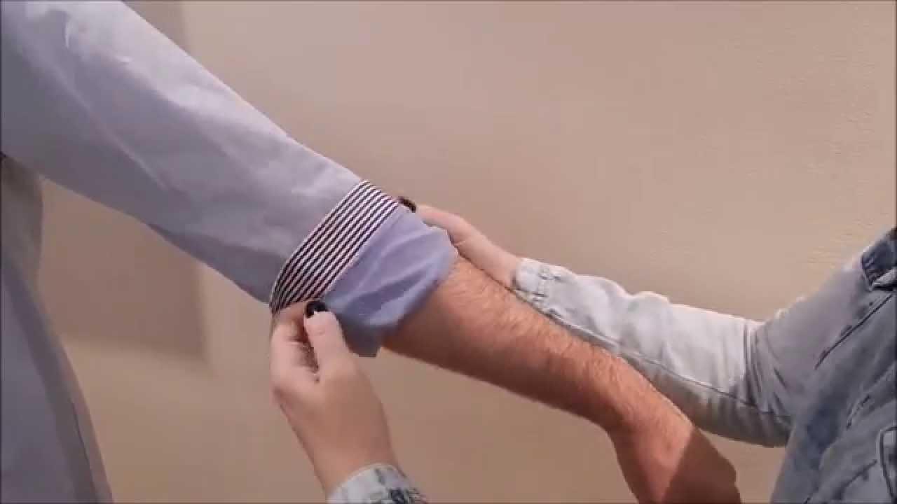 23408afae Três maneiras de dobrar mangas de camisas masculinas - YouTube