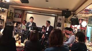 サザンファンが集まる店「はっぴいえんど」では毎月第2金曜日にサザンセ...