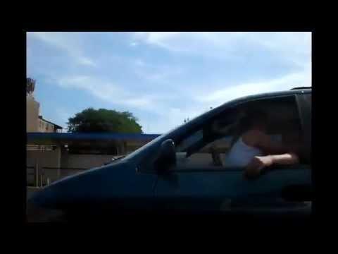 High-Speed-Sex: Pärchen bei rasantem Verkehr auf der Autobahn gefilmt