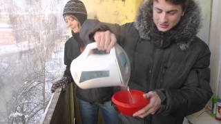 Water Experiment in Siberia 2 (-40C/F)