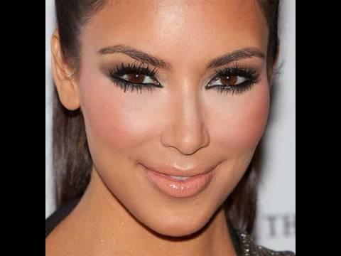 eyes Kim kardashian