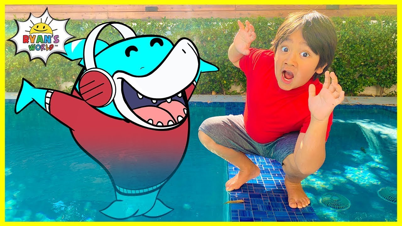 Ryan Pretend Play with Big Gill and Learn Shark Facts for kids!!!