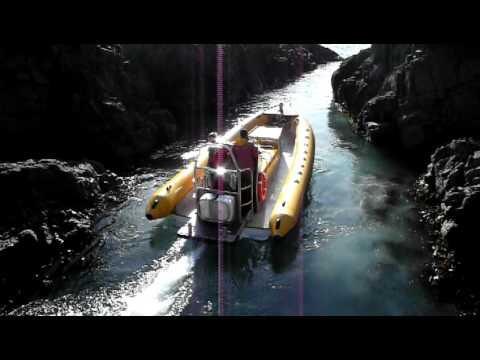 Jet boat precision turn (Venture Jet, Ocean Dynamics Ribworker)