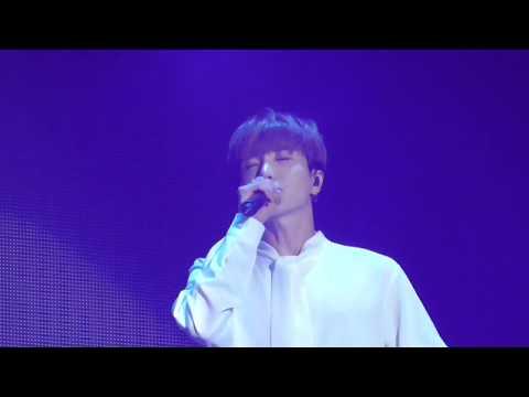 [FANCAM] 180512 SuperJunior SuperShow7 Macau『비처럼 가지 마요(One More Chance)』(Leeteuk Focus)
