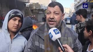 احتجاجات على منع وقوف الحافلات في شارع الملك طلال بالكرك - (12/2/2020)