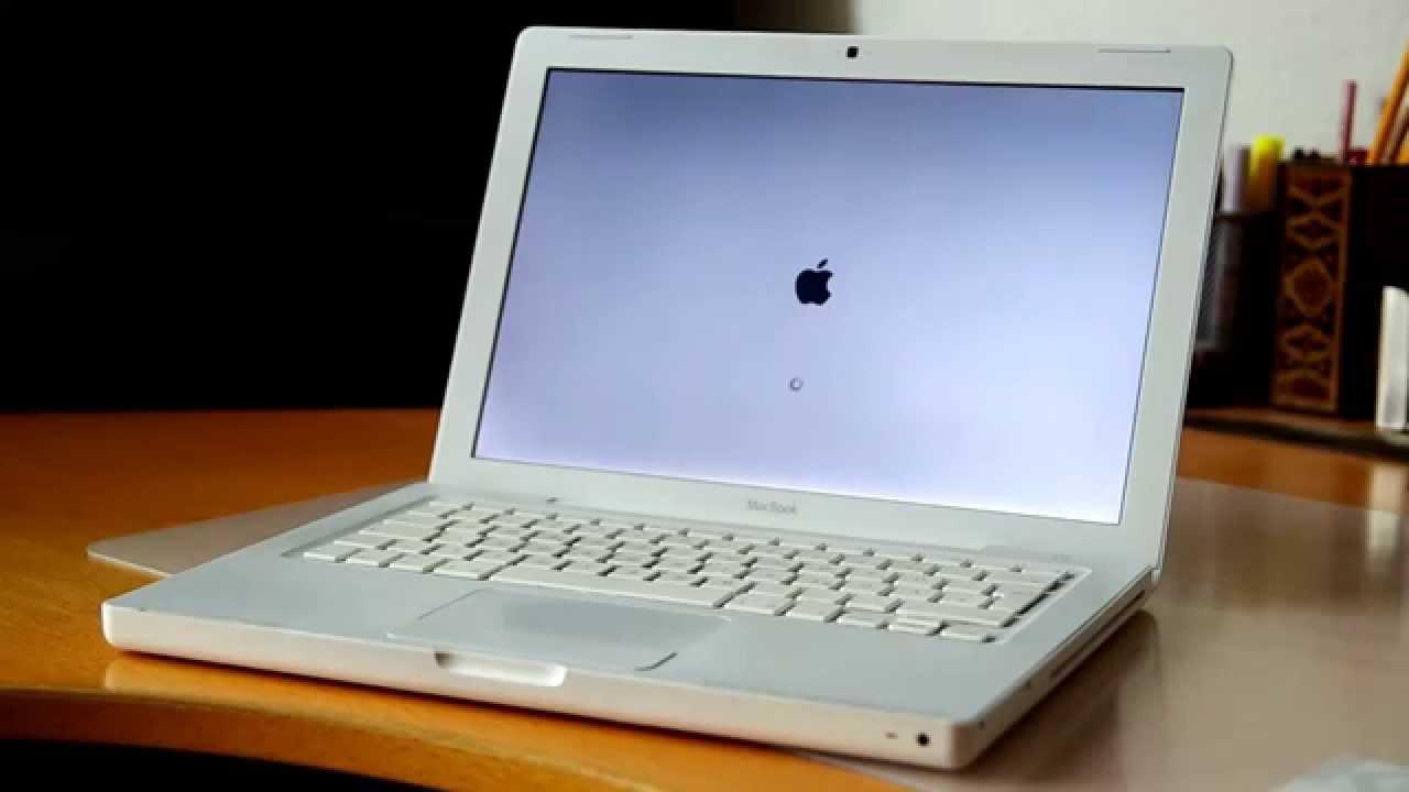 Apple MacBook2, 1 VERY CHEAP PRICE 2GB RAM, Intel core 2 duo ...