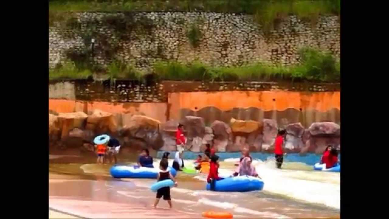 Bukit Gambang WaterPark Kuantan Pahang Malaysia 5Dec12