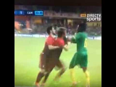 Alex Song Vs Fábio Coentrão ~ Portugal vs Cameroon ~ FIGHT Friendly Match 2014