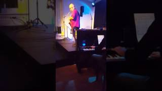 Honeysuckle Rose, Waller / Razaf, 1929. Vocal Vibes Zangsessie, Sept. 2016, Arnhem