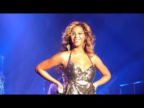 Beyonce - Irreplaceable - 4 Tour 2011 @ Roseland