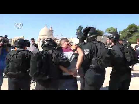 מהומות בהר הבית  4 שוטרים ו-70 פלסטינים נפצעו
