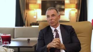 Dr. Dr. Zitelmann im Interview: Macht Geld glücklich?