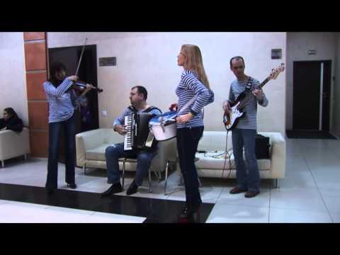 Одесса Клезмер Бэнд. Концерт в атриуме. 2014-12-24