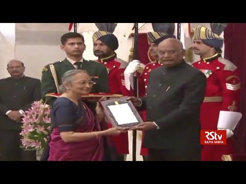 President Ram Nath Kovind gives away Sangeet Natak Akademi awards