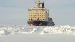 Новый ледокол(На Северном флоте сформирован экипаж для первого ледокола «Илья Муромец», построенного специально для..., 2017-03-09T06:48:43.000Z)