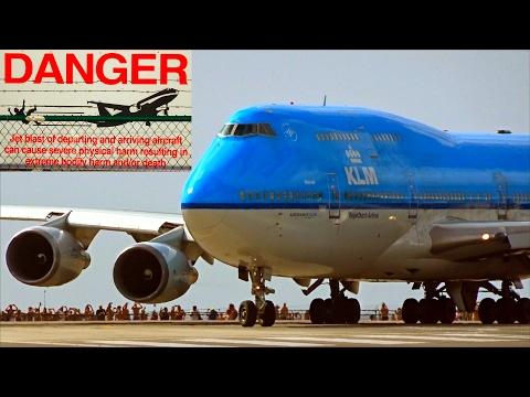 St. Maarten – 3rd amazing Jet Blast Challenge - famous KLM B747 (3. Film of 8)