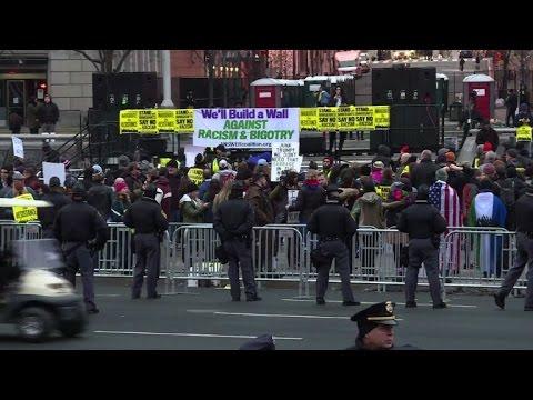 Spectators and demonstrators head to Pennsylvania Avenue