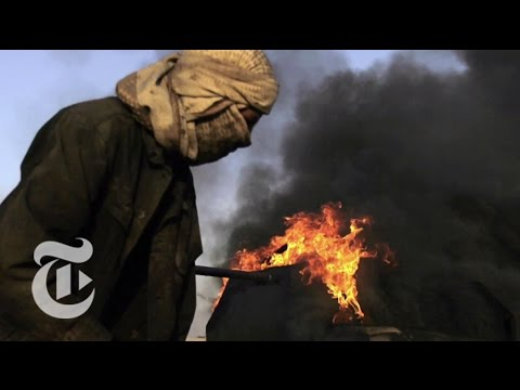 ISIS' Dark Oil Trade | The New York Times