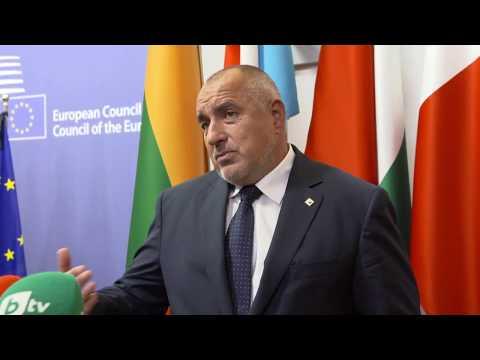 Бойко Борисов: Общата европейска отбрана е изключително важна. Трябва да намерим баланс какво искаме и какво ще се случи. На държавите, които са във вътрешността на Европа, им е лесно да говорят по-рязко. Има много неща, които не ни харесват, но трябва да се опитаме да поддържаме нормални отношения с Турция. Иначе ние сме първите, които заставаме на този фланг на Европа.