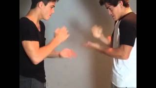 Rock,paper,scissors never works with twins // Grayson Dolan,Ethan Dolan