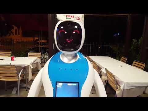 A TERNI IL ROBOT CAMERIERE