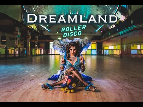 Going to DREAMLAND- Off Camera Lighting Photo Shoot at an iconic amusement park by Jason Lanier
