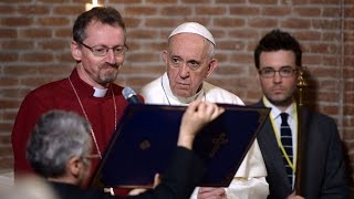 Pope Francis makes history by celebrating Christ alongside an Anglican Bishop HD