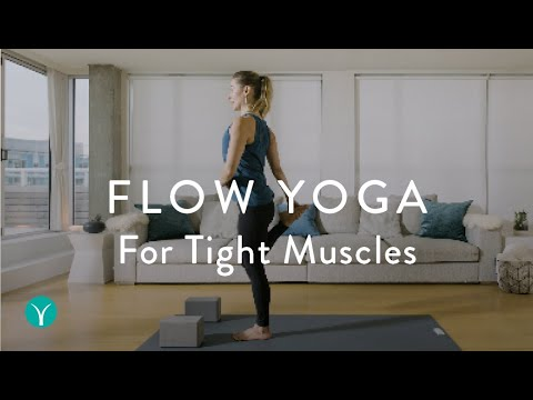 yoga to stretch legs 10 minute flow for tight muscles