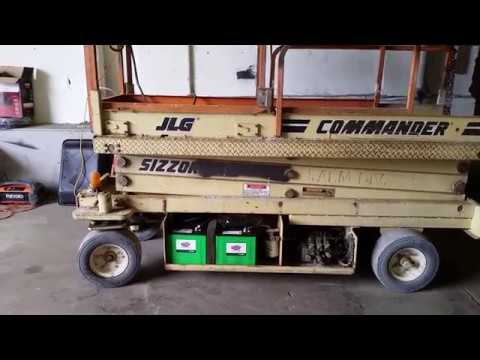 24 volt hydraulic lift wiring diagram diy changing batteries on a scissor lift youtube  changing batteries on a scissor lift