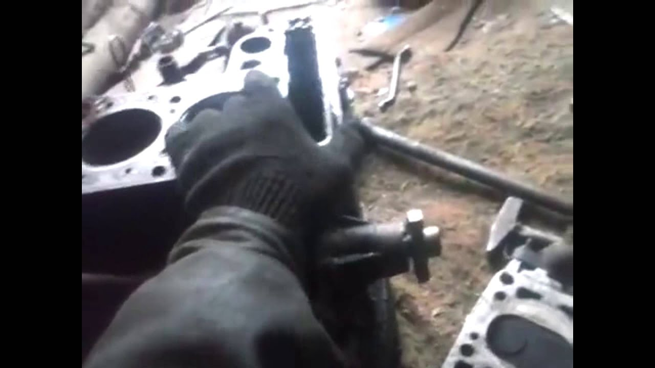мерседес с 180 неисправности двигателя дымит