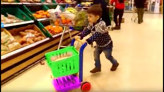 Alex doing shopping at the Supermarket * Toy Shopping Cart