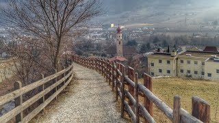 Naturno Val Venosta passeggiata Naturns Vinschgau Promenade