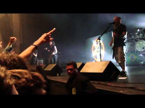 Anthrax - Antisocial (Trust cover) (Live HSBC Brasil, Sao Paulo, Brazil 2013)