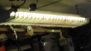 Самодельные гаражные светильники из китайской светодиодной ленты(Надоели уже сто раз починенные флуоресцентные светильники ещё советского образца. Когда в очередной раз..., 2015-06-25T19:07:19.000Z)