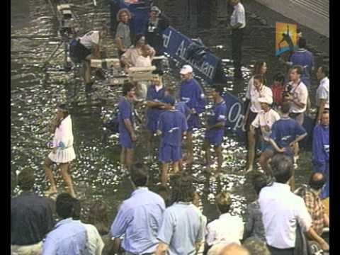 Centre Court floods: 1995 Australian Open