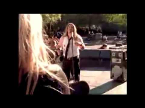 Avril's CDs - Commercial spots