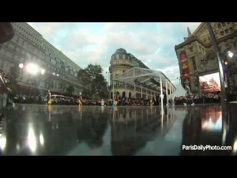 The 2012 largest fashion show in the world (complete version)