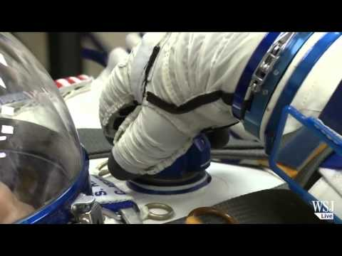 NASA Astronaut Twins Set for Space Study