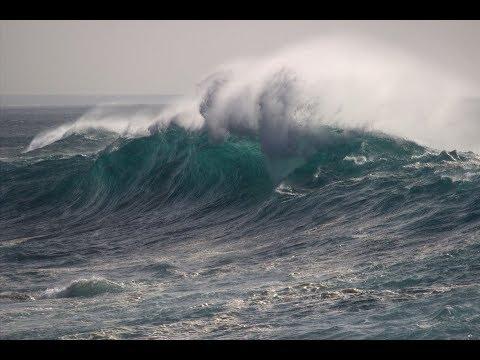 Breaking news: Tsunami warning for Puerto Rico and US Virgin Islands after magnitude-7.6 earthquake