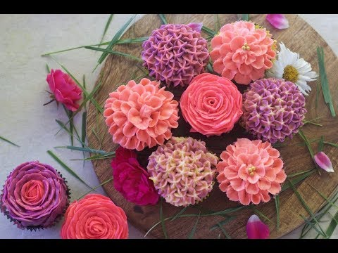 how-to-make-buttercream-flowers-on-cupcakes---part-1-|-cupcake-bouquet
