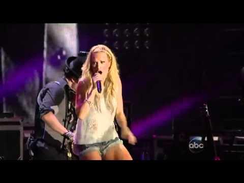 Carrie Underwood - Undo It - CMA Music Festival