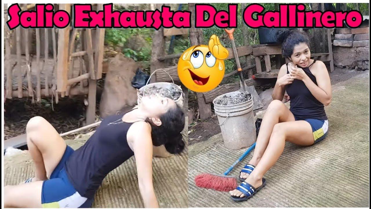 -Salio Muy Exhausta Del Gallinero Después De Dejarlo Muy Limpio💪-P2