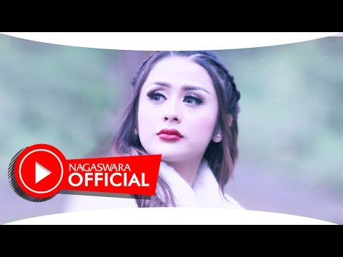 Selvi Kitty - Takut Kamu Hilang (Official Music Video NAGASWARA) #music