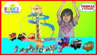 Thomas and Friends Minis Twist N Turn Stunt Thomas the Train DC Super Friends toy trains for kids