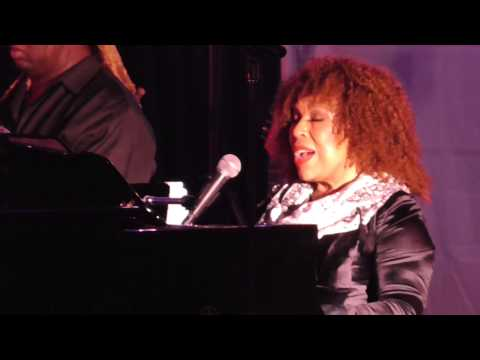 Roberta Flack First Time Ever I Saw Your Face 2014