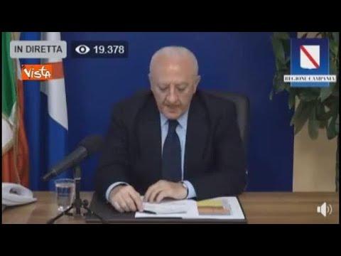 Da somaro a Neanderthal, gli attacchi di De Luca a Salvini: «Ha ripreso a ragliare»