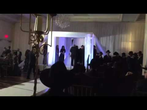 Shwekey by Chuppah of Yaakov and Esty Rosenberg