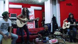 "SLANK Live dari Studio ""Parah"" Potlot - Virus #UltahIRadio"