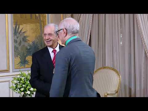 الرئيس التونسي يستقبل السفير الجزائري بعد إنهاء مهام الأخير